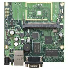RB911G-2HPnD MikroTik RouterBOARD 911G with 600Mhz Atheros CPU, 32MB RAM, 1xGigabit LAN, built-in 2.4Ghz